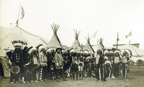 Buffalo_Bills_Wild_West_Show,_1890.jpg