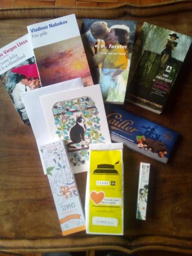 swap,ellettres,classique,anglais,latino,coup de coeur,gourmandise,chocolat,thé,surprise,marque-pages,huiles essentielles